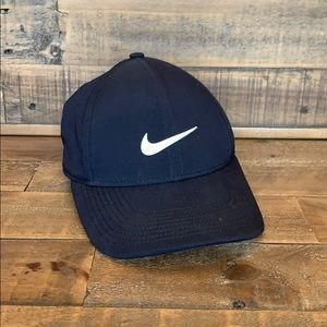 Nike Mens Fitted Golf Hat Size Small/Medium